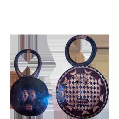 dos-mascaras-en-madera-bedou-1